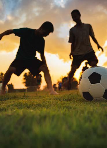 Bambini che giocano a calcio, Centro SPortivo Le Sequoie, Carsoli (AQ)